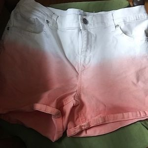 New York and company ombre shorts